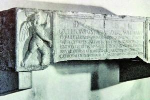 sarcofago di Caio Vettonio